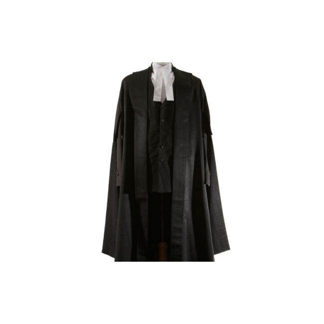 Queen's/Senior Counsel Gown